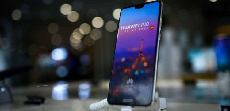 هواوي تعزز موقعها بين الشركات الصانعة للهواتف النقالة