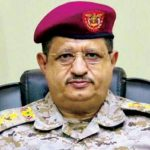 وزير الدفاع في حوار مع «الشرق الأوسط»: أساليب الحوثيين شبيهة بحروب «حزب الله»