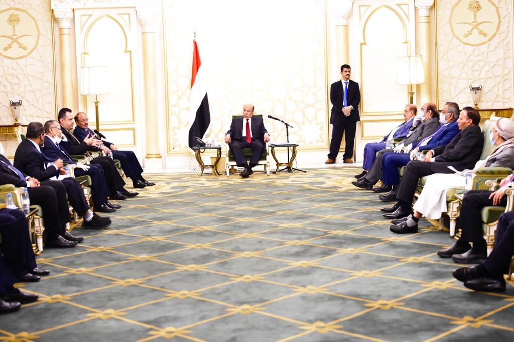 رئيس الجمهورية: الاحتكام للسلاح والقوة لتحقيق مكاسب شخصية أو تمرير مشاريع فئوية لن يكون مقبولا