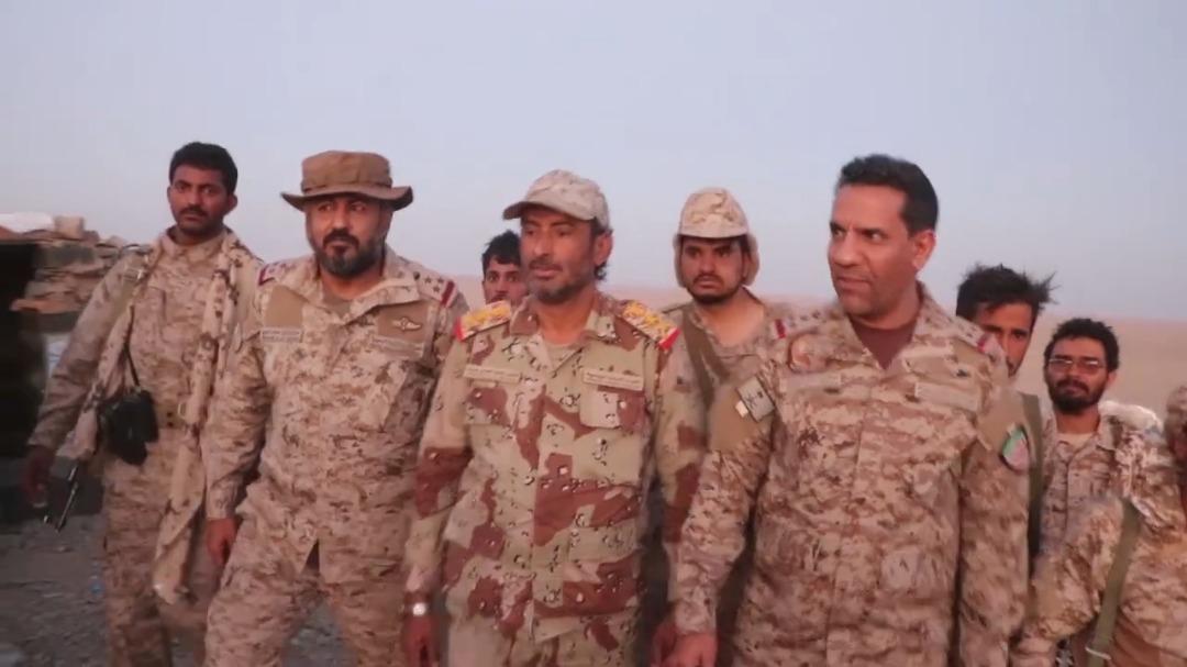 رئيس الأركان يتفقد سير العمليات العسكرية في جبهات الجوف